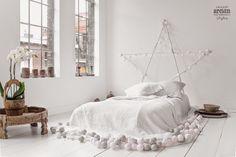 IDEA BONITA Y ORIGINAL de decorar con guirnaldas de bolas con luz!