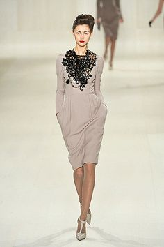 ELIE SAAB. I think I would like this dress, if we could just get rid of that atrocious necklace!
