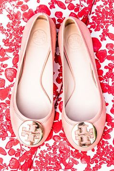 http://www.styleyourwear.com/category/tory-burch/ Tory Burch ballet flats. So pretty!