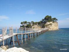 Ga je naar Zakynthos? Bezoek dan deze hotspots voor de lekkerste cocktails, de beste Griekse gerechten en de mooiste uitzichten.