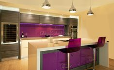 Vibrant purple glass splashback in modern zebrano kitchen with integrated glass island. modern kitchen by diysplashbacks modern Purple Kitchen Designs, Modern Kitchen Design, Modern Kitchens, Modern Kitchen Cabinets, Glass Kitchen, Kitchen Walls, Kitchen Art, Kitchen Ideas, Kitchen Splashback Inspiration