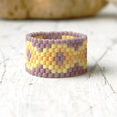 Ethnische Perlen Ring, Frauen Band Ring, Peyote Ring, ethnische Ring, Beadwoven Ring, Space Gear Saatgut Closure Ring, Perlen Schmuck, Muster-ring                                                                                                                                                     Mehr
