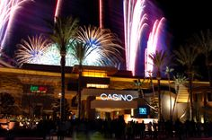 New Year's Eve fireworks at Red Rock Hotel in #Vegas