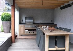 It is always critical to design your outdoor kitchen with the style of your house in mind, it's even more crucial when it's actually connected to the home. Outdoor Rooms, Outdoor Gardens, Indoor Outdoor, Outdoor Living, Outdoor Furniture Sets, Outdoor Decor, Rattan Furniture, Backyard Kitchen, Summer Kitchen