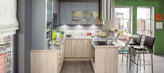O bucătărie mică, dar care are tot ce-i trebuie: spații mici, dar bine organizate, maximum de loc în puține corpuri.