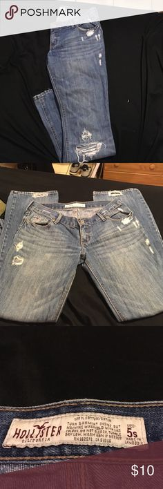 Ladies Hollister jeans size 5 Gently used Hollister jeans size 5 no stains and from a smoke free house. Hollister Jeans Boot Cut