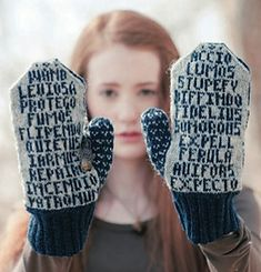 Owls and Spells Harry Potter Mittens - Knitting - Pattern 14.99