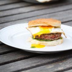 Burger w/ Fried Egg and Other Stuff Fried Eggs, Burgers, Hamburger, Hamburger Patties, Hamburgers, Baked Eggs, Egg Scramble