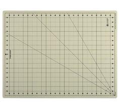 Fiskars 18x24 Inch Eco Cutting Mat Board