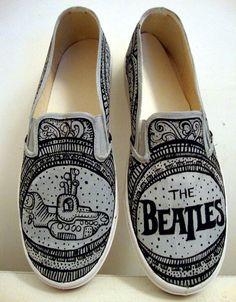 Beatles canvas shoes / zapatillas By LuNa Portnoi http://www.lunaportnoi.com.ar/