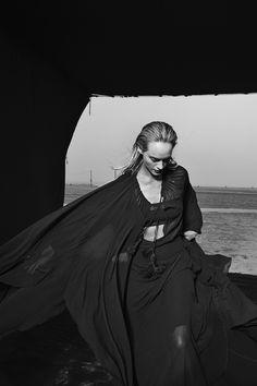 Peter Lindbergh, Amber Valletta,...1999