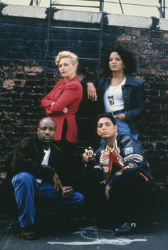 New York Undercover. I was addicted to this show as a kid. So good!...until they killed off Eddie smh.