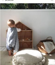 Simple doll house