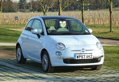 love this powder blue Fiat 500 in automatic! This is a secret wee desirable too!