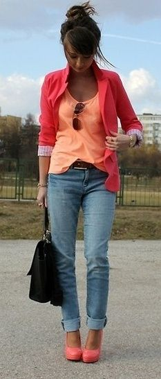 Coral, orange, blazer and pumps. Classy casual outfit. Love the color combination.