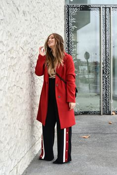 #redcoat #jogging #fashion #mode #parisianstyle #street