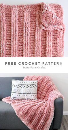 Free Pattern - Crochet Velvet Post Lines Throw by Daisy Farm Crafts. Crochet Bebe, Knit Or Crochet, Cute Crochet, Crochet Crafts, Crochet Hooks, Crochet Projects, Crochet Throw Pattern, Afghan Crochet Patterns, Baby Blanket Crochet