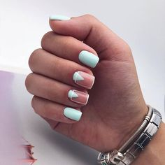 Simple Line Nail Art Designs You Need To Try Now line nail art design, minimalist nails, simple nails, stripes line nail designs Dream Nails, Love Nails, Stylish Nails, Trendy Nails, Nail Manicure, Nail Polish, Manicures, Nagellack Design, Mint Nails
