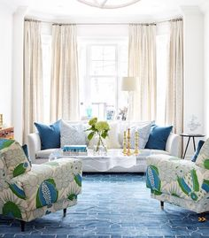 Living room design ideas: Check Out These Easy Home Interior Tips Coastal Living Rooms, My Living Room, Home And Living, Living Spaces, Cottage Living, Coastal Cottage, Blue Rooms, White Rooms, Blue Bedroom