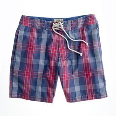 Crew for the 7 board short in Nevis plaid for Men. Find the best selection of Men Shorts available in-stores and online. Mens Boardshorts, Swimsuits, Swimwear, Cashmere Sweaters, Mens Suits, I Dress, Style Me, J Crew, Plaid