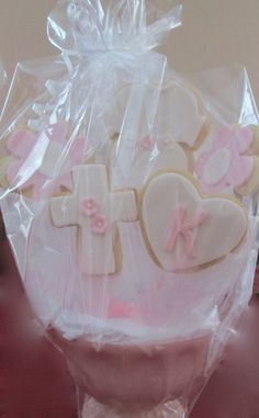 Cookie Centerpiece for Baptism   Visit us at www.sweettreatdesigns.com