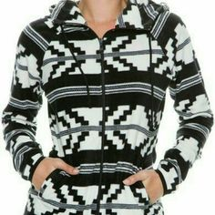 // Billabong zip up \\ Cute fleece Billabong zip.  Only worn a few times & in EUC. Purchased from the buckle boutique. Size large but fits a medium comfortably. Price reduced & firm. Billabong Tops Sweatshirts & Hoodies