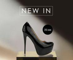 Γόβα μαύρη ψηλοτάκουνη λουστρίνι με κόκκινο πάτο Μόνο με 29.99€ Louboutin Pumps, Christian Louboutin, Heels, Fashion, Heel, Moda, Fashion Styles, High Heel, Fashion Illustrations