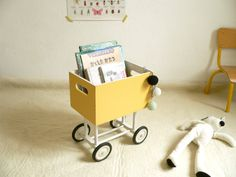 Love this book trolley :)