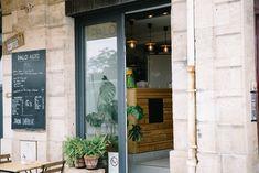 Hotels, Reisen In Europa, Restaurant, Bordeaux France, Road Trip Destinations, Travel Inspiration, Vacation, Tips, Diner Restaurant