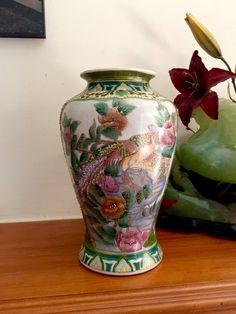 Vintage vase Kutani oriental hand painted moriage vase florals
