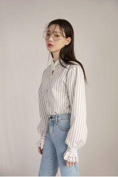 Official Korean Fashion : Korean Daily Fashion : Stripes and delicate lace trims Korean Fashion Trends, Korean Street Fashion, Korea Fashion, Asian Fashion, Look Fashion, Daily Fashion, Trendy Fashion, Fashion Outfits, Fashion Ideas