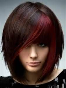 Beautiful Hair Color Ideas 2012 - Are you lusting after a salon-perfect new hairdo? Check out our glam selection of beautiful hair color ideas for Opt for a voguish shade which grants all your admirers with a memorable visual experience. Scene Hair, Emo Scene, Bob Hairstyles, Straight Hairstyles, Short Haircuts, Medium Haircuts, Layered Hairstyles, Brunette Hairstyles, Trendy Hairstyles