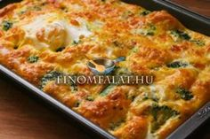 I love making breakfast casseroles - most can be made the night before and then stick in the oven in the morning while I work out! Broccoli Cheese Breakfast Casserole - South Beach Diet friendly by Kalyn's Kitchen Breakfast Egg Casserole, Breakfast Dishes, Breakfast Time, Casserole Dishes, Breakfast Recipes, Brocolli Casserole, Broccoli And Cheese Recipe, Low Carb Recipes, Cooking Recipes
