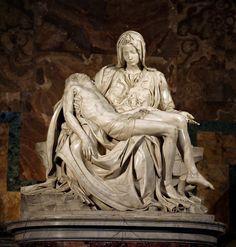 Piedade (Pietà). Basílica de São Pedro, Vaticano. Roma. Sua primeira obra-prima, finalizada em 1499, quando o rapaz tinha apenas 23 aninhos.