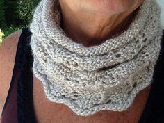 """Ffree knit cowlnpattern finished size 22"""" by 11"""""""