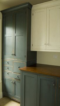 Choosing New Kitchen Countertops Antique Kitchen Cabinets, Kitchen Cupboards, Rustic Cabinets, Kitchen Canisters, Unfitted Kitchen, Primitive Cabinets, Kitchen Utensils, Shabby Chic Kitchen, Rustic Kitchen