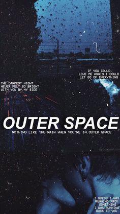 """""""Si pudieras amarme de nuevo podría dejar ir todo""""""""La noche más oscura nunca se sintió más brillante contigo a mi lado"""" OTRO ESPACIO """"a nadie le gusta la lluvia cuando esta en otro espacio""""""""Supongo que estaba corriendo de algo, estaba corriendo hacia ti"""""""