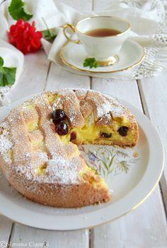 Pasticciotto cream and black cherry cake - Italian Pastries, Italian Desserts, Italian Recipes, Pastry Recipes, My Recipes, Cake Recipes, Weddig Cakes, Cherry Cake, Best Banana Bread