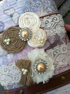 BURLAP wedding garter / bridal  garter/  lace garter / toss garter / barn rustic wedding garter / vintage inspired lace garter
