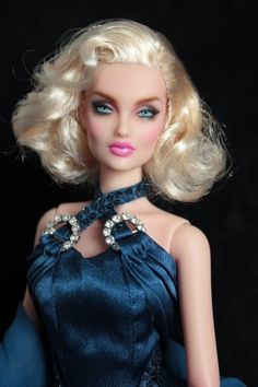 The Porcelain China Diane Code: 4925526894 Barbie Mode, Bad Barbie, Barbie Hair, High End Fashion, Fashion 2020, Love Fashion, Beautiful Barbie Dolls, Vintage Barbie Dolls, Glamour Dolls