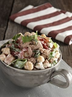 Chickpeas salad with arugula and tuna - www. Cooking Art, Greek Cooking, Lunch Recipes, Salad Recipes, Healthy Recipes, Healthy Cooking, Healthy Eating, The Kitchen Food Network, Legumes Recipe
