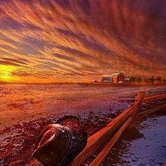 #Repost @edaccessible:Only This Moment In Between Before And After - Wisconsin Horizons by Phil Koch #sunset #sunrise #sun #TagsForLikes #TFLers #pretty #beautiful #red #orange #pink #sky #skyporn #cloudporn #nature #clouds #horizon #photooftheday #instagood #gorgeous #warm #view #night #morning #silhouette #instasky #all_sunsets #wisconsin
