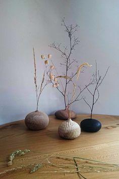 The Four-handed Creations of Takahashi McGil — Design Anthology Ikebana, Deco Floral, Arte Floral, Ceramic Vase, Ceramic Pottery, Bud Vases, Flower Vases, Wimbledon College Of Art, Live Edge Furniture