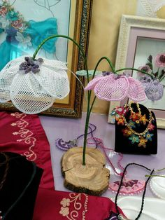 Needle Lace, Straw Bag, Gift Wrapping, Embroidery, Cool Stuff, Crochet, Gifts, Bags, Fairy