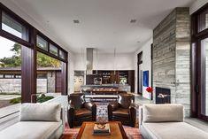 Thayer Residence: Breezy Santa Barbara Home Sheds Spotlight on a Stunning Courtyard
