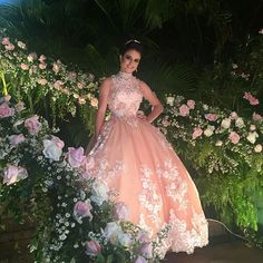 Publicação do Instagram de Elcimar Badu - Alta Costura • 2 de Jul, 2016 às 5:13 UTC Quinceanera Themes, Quinceanera Dresses, Prom Dresses, Sweet Sixteen Dresses, Sweet 15 Dresses, Quinceanera Photography, Quince Dresses, Prom Pictures, Beautiful Dresses