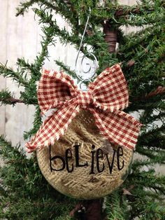Christmas burlap ornament #primitive #burlap #christmas #ornament #vinyl #homespun