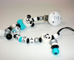 "Schnullerkette mit Namen ""3-D Panda"" von baby name for u auf DaWanda.com"