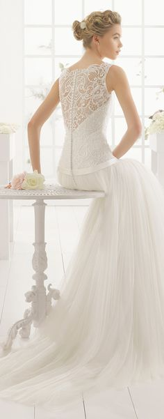 Lace Back Wedding Dress - Aire Barcelona 2016