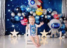 Boys First Birthday Party Ideas, Birthday Themes For Boys, Baby Boy 1st Birthday, Birthday Party Decorations, Space Party, Space Theme, 1st Birthday Photoshoot, Cake Smash Photography, First Birthdays
